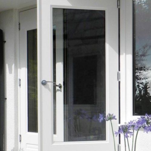 Rockdoor front door in white with glass