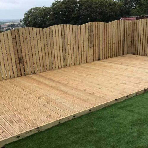 new decking and fencin