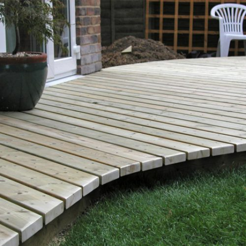 New decking with curve